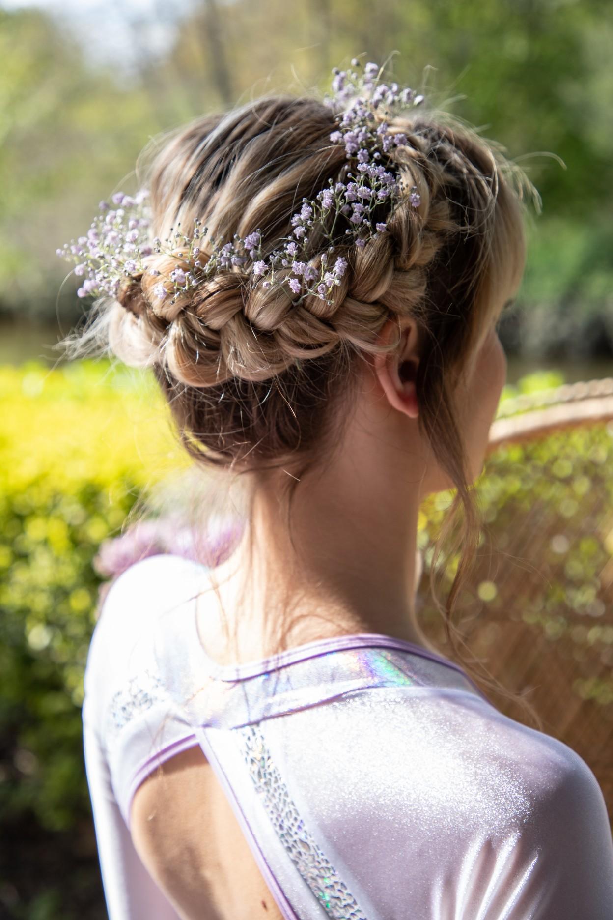 modern festival wedding - unique wedding wear - wedding jumpsuit - wedding catsuit - festival bride - unique wedding wear - festival bridal hair