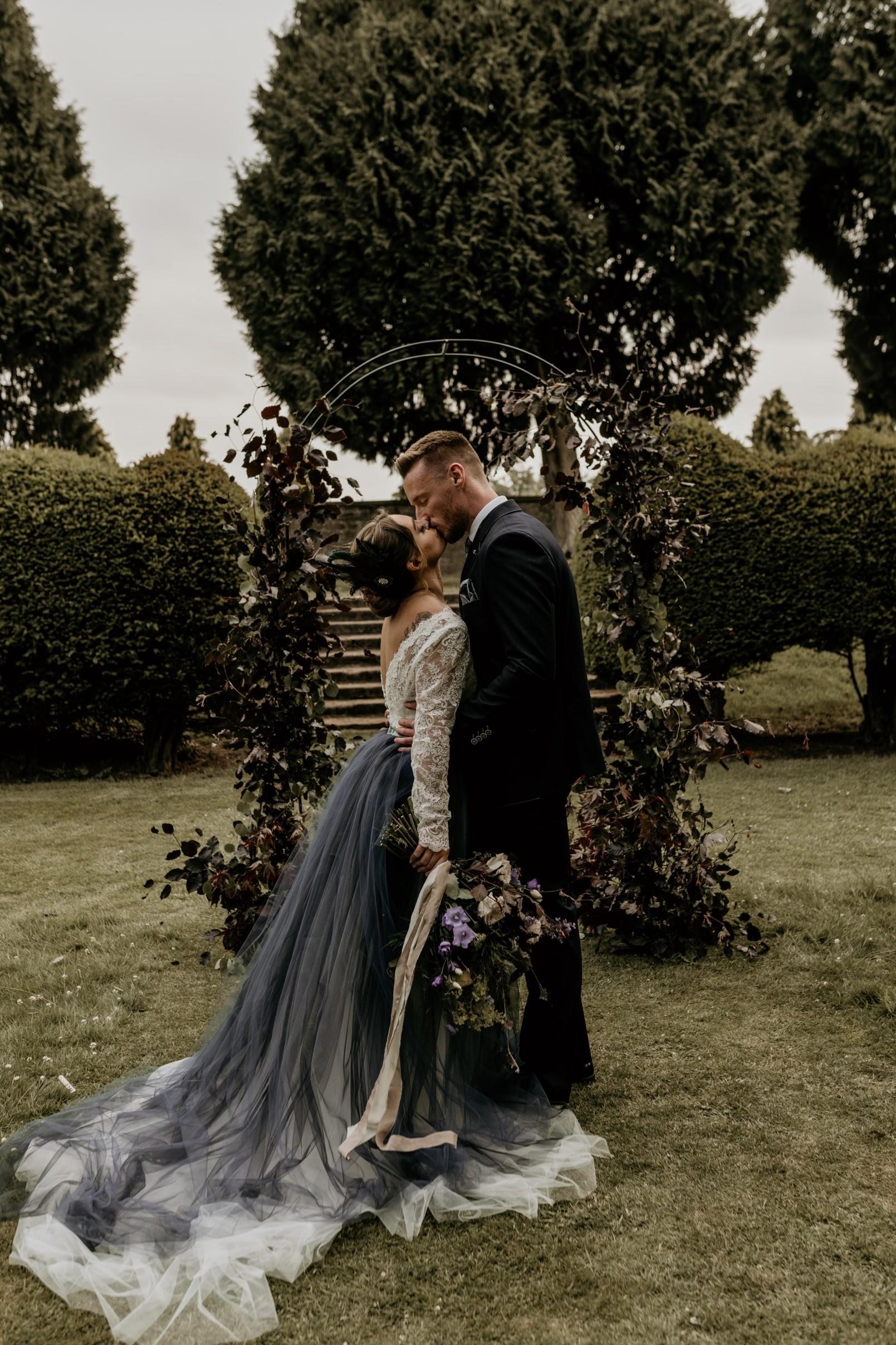 country garden wedding at newstead abbey - unique wedding ceremony - coloured wedding dress - alternative wedding dress