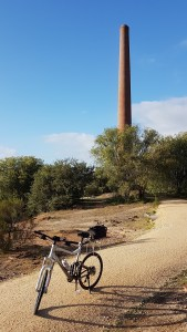 Castlemaine to Maldon Trail - Beehive Gold Mine Chimney