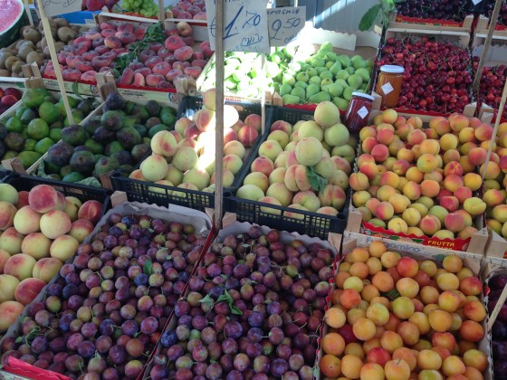 fruit at market