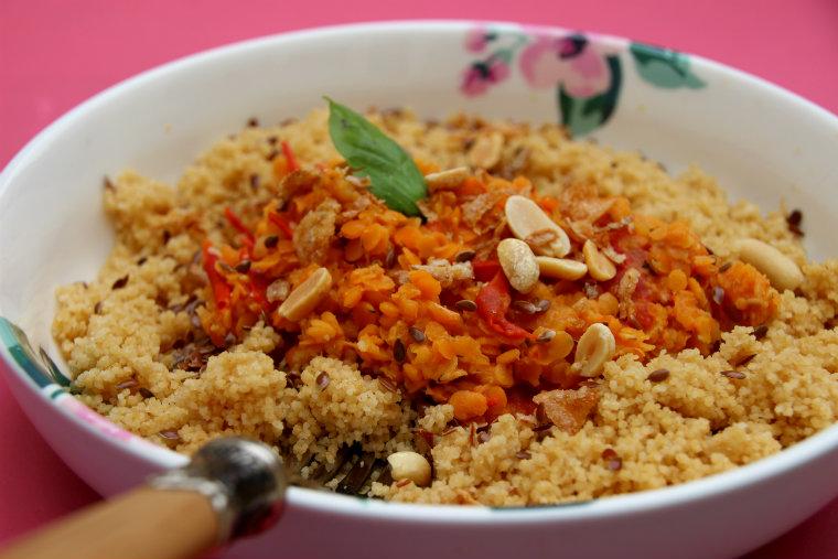 lentilles corail au lait de coco, tomates et épices