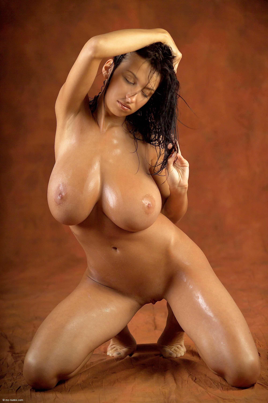 Chanel west coast hard nipples
