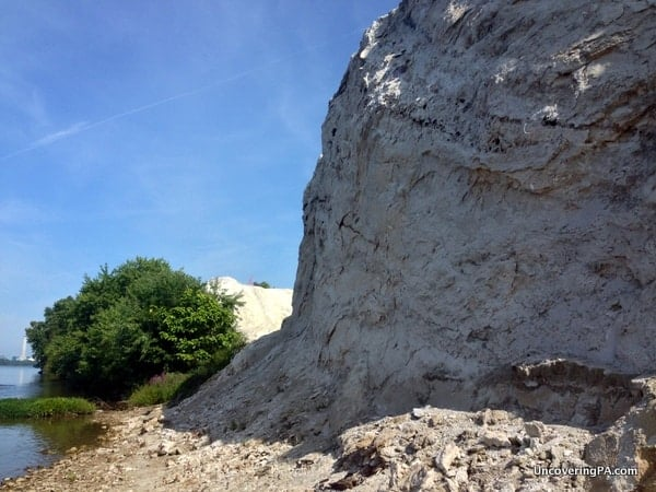 The impressive view from the bottom of the White Cliffs of Conoy.