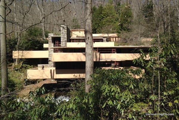 Visiting The Grounds Of Fallingwater Pa 39 S Most Famous