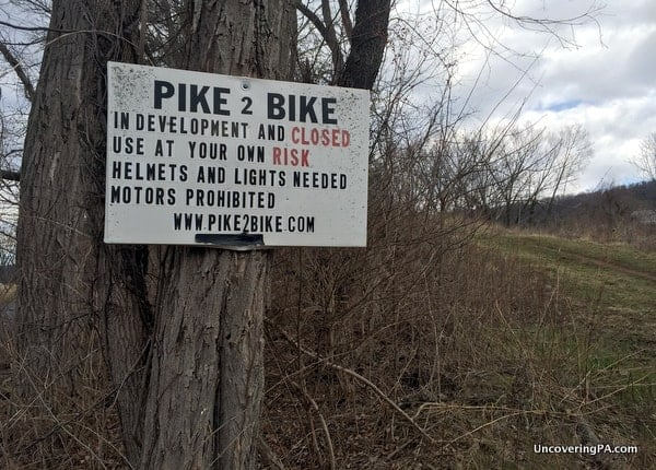 The information sign at the entrance to the Abandoned PA Turnpike in Breezewood, Pennsylvania.