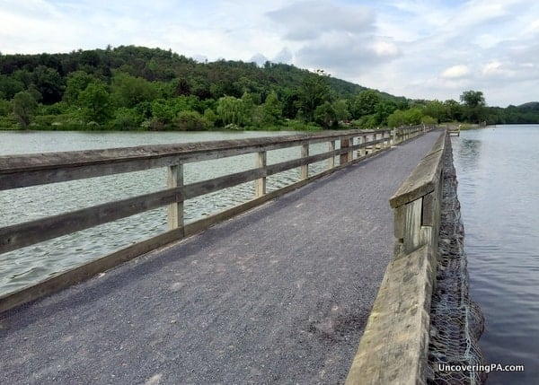 Aitch Fishing Pier on Raystown Lake in Pennsylvania