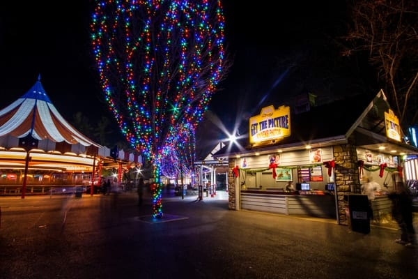 The 9 Most Festive Christmas Towns In Pennsylvania