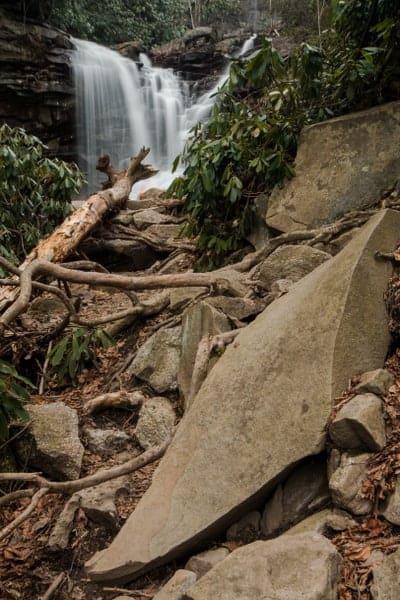Trail to Glen Onoko's Waterfalls.