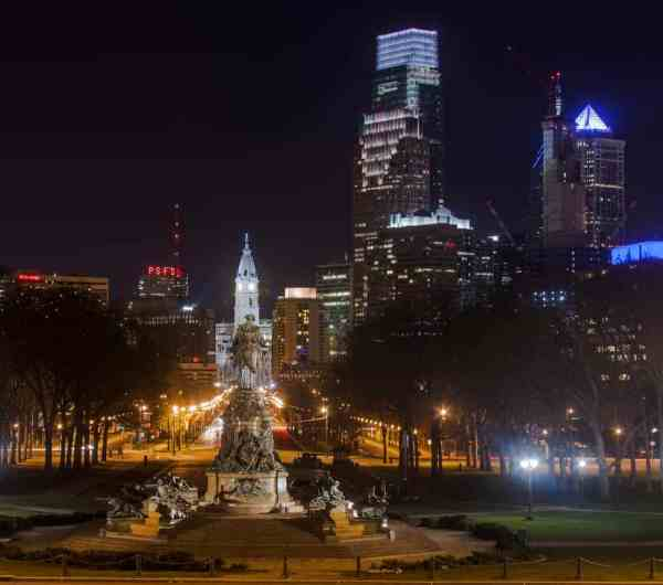 Best Nighttime photo spots in Philly: Rocky Steps