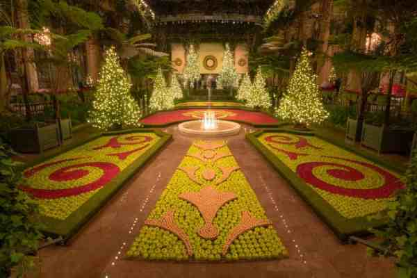 Christmasy Things to do in Pennsylvania: Longwood Gardens