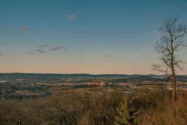 Peters Mountain Appalachian Trail views near Harrisburg, PA