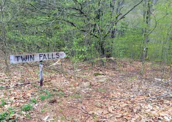 Sign for Twin Falls in Sullivan County, Pennsylvania