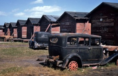 409074d1353113027-old-abandoned-cars-big-thread-migrant-homes-cars-preview