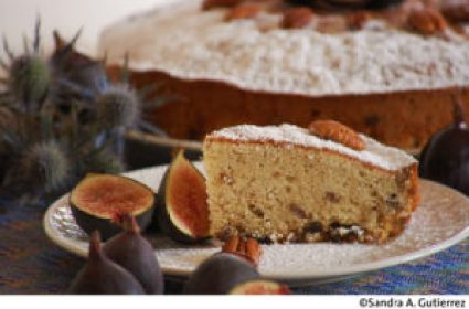 Pecan Rum Cake with Figs, recipe and photo by Sandra A. Gutierrez