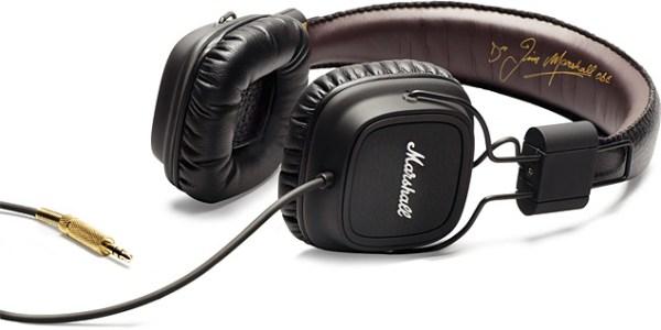 Essential Equipment for Home Recording Studio