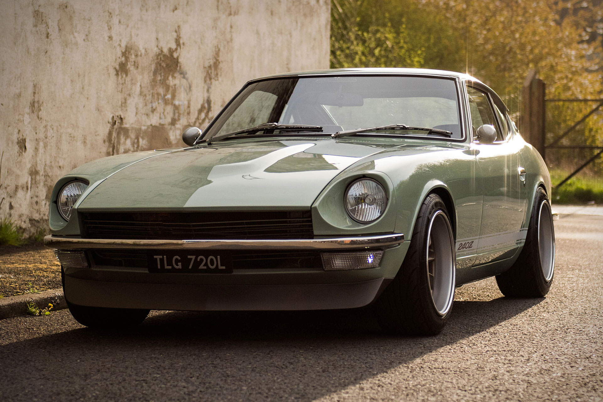 Car Wallpaper 240z Mzr Datsun 240z Coupes Uncrate
