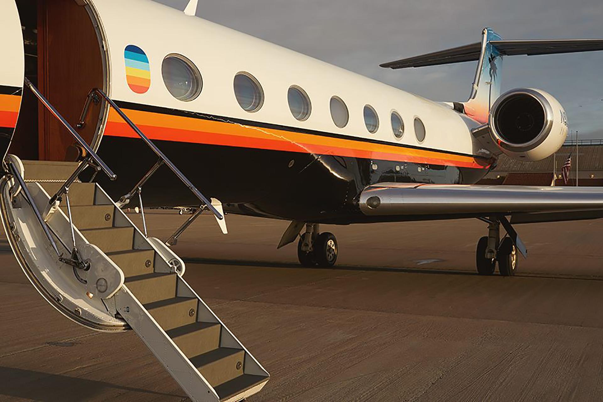 Aero Semi-Private Jets   Uncrate