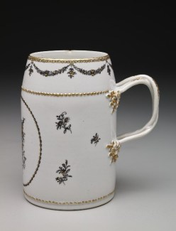 Cylinder Beer Mug with English Coat of Arms, 18th Century, porcelain, Dallas Museum of Art, The Wendy and Emery Reves Collection, 1985.R.917