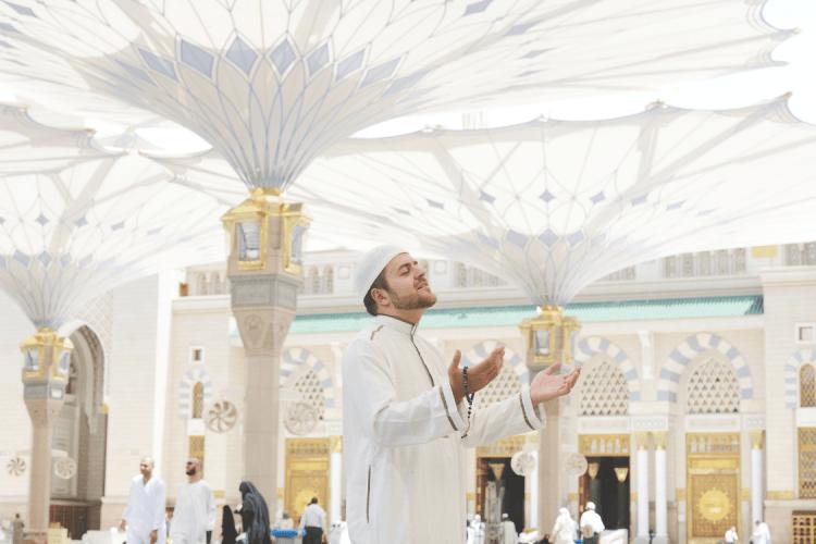 Faedah doa setelah adzan