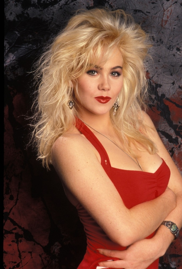 Happy Birthday Christina Applegate