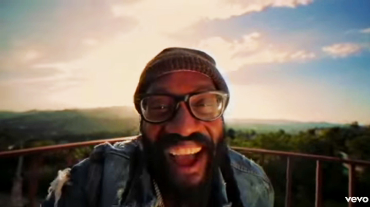Just the Way You Are - Tarrus Riley (Official Video)