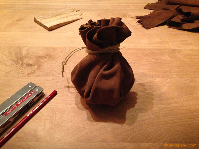 How to make a tinder pouch for bushcraft