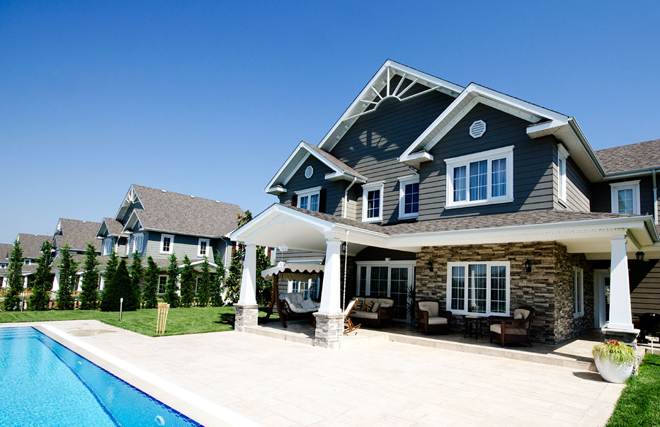 How Do You Make Money Investing In Real Estate?  Under 30