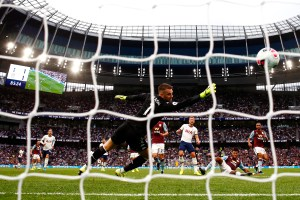 Lamplight: Player Positives and Negatives Against Tottenham Hotspur