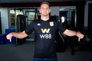 Safe Hands as Tom Heaton Signs for Aston Villa