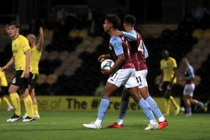 Aston Villa leave it late against stubborn Brewers