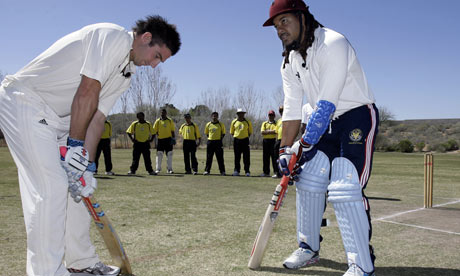 Once loved, now disgraced, Manny gives cricket a go!