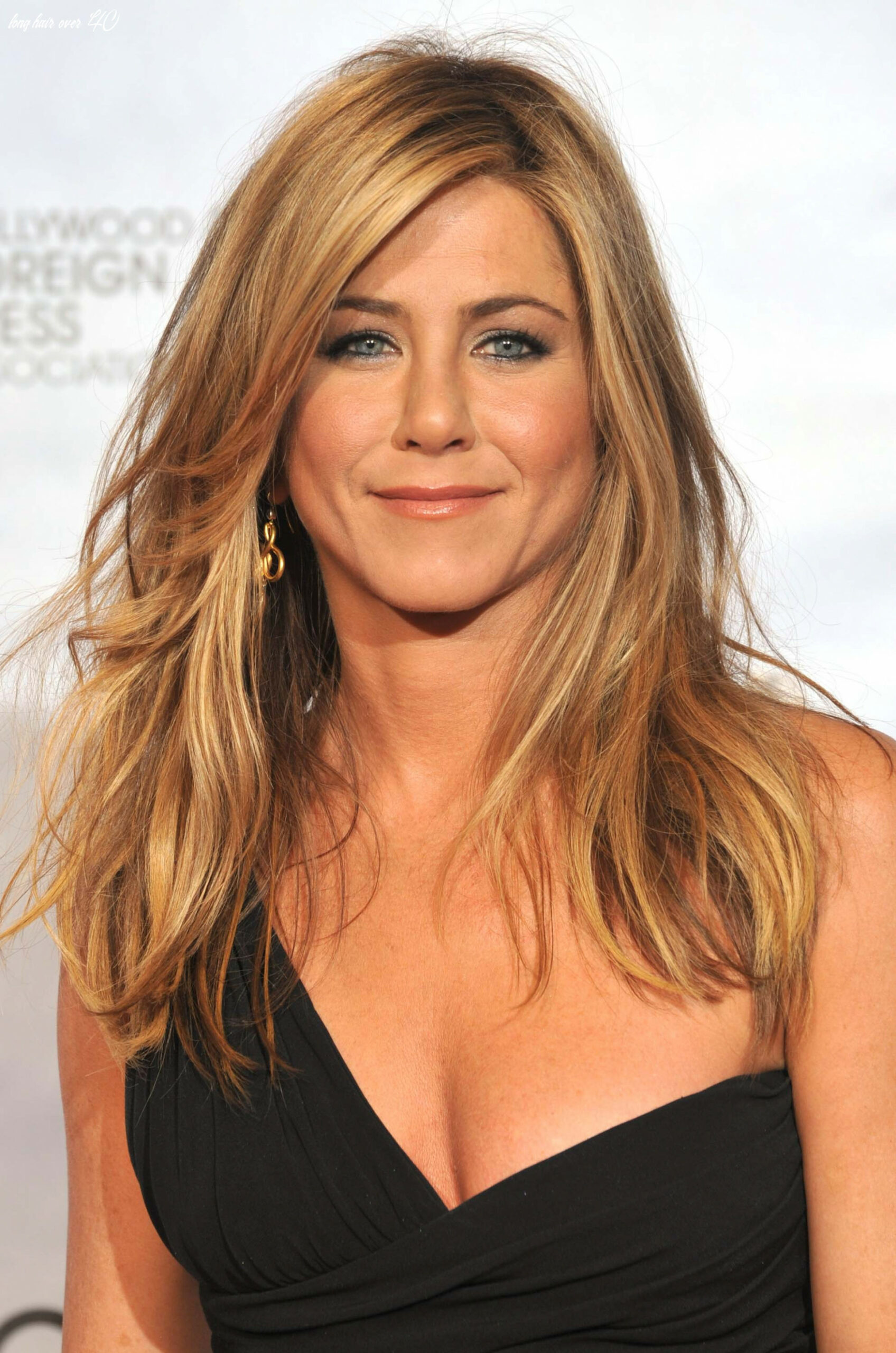 11 Must-Try Hairstyles for Women Over 11   Haircut Inspiration