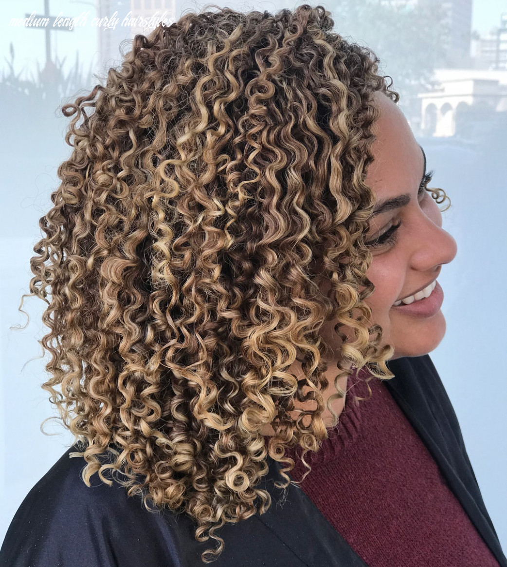 8 Natural Curly Hairstyles & Curly Hair Ideas to Try in 8 ...