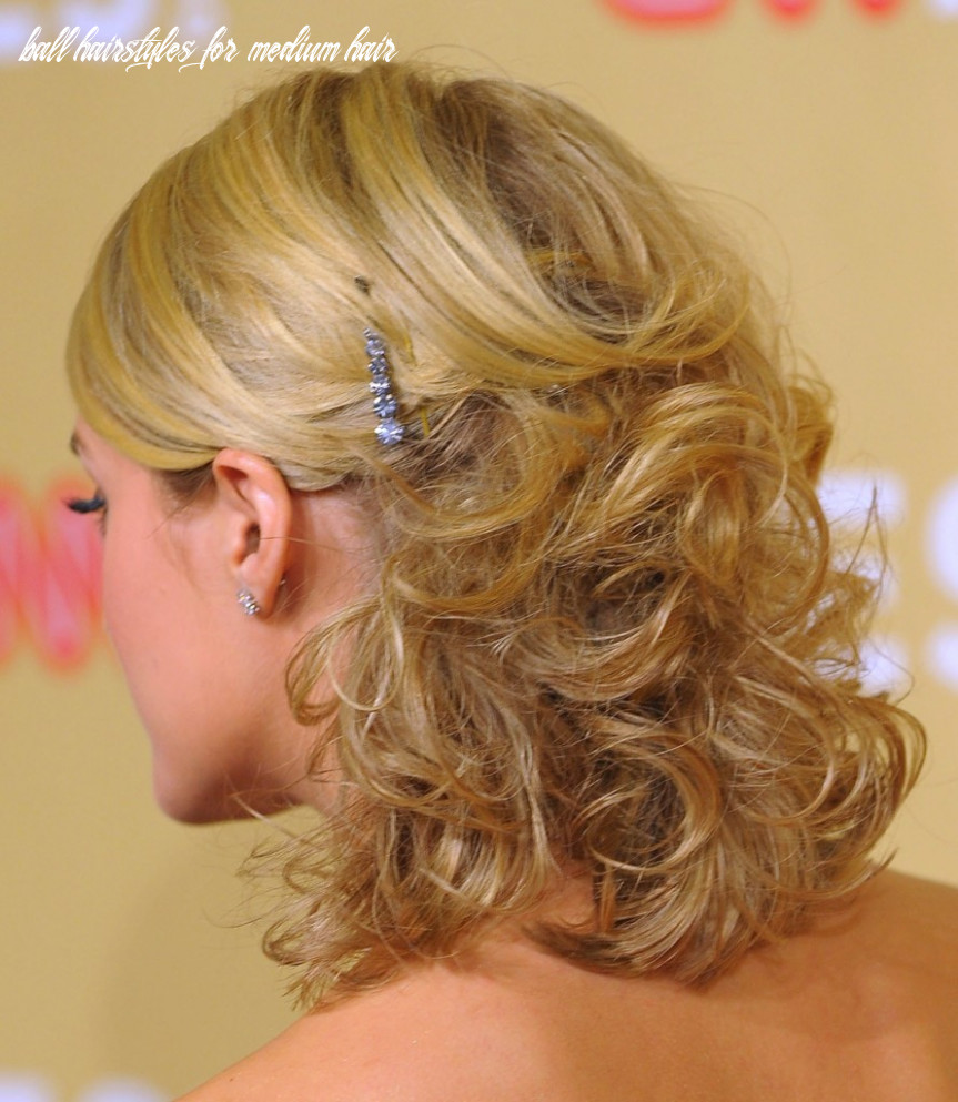 Prom Hairstyles For Medium Hair | Hairstyle Trends - home coming ...