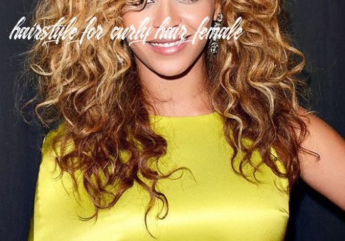 The Best Haircuts for Curly-Haired Girls