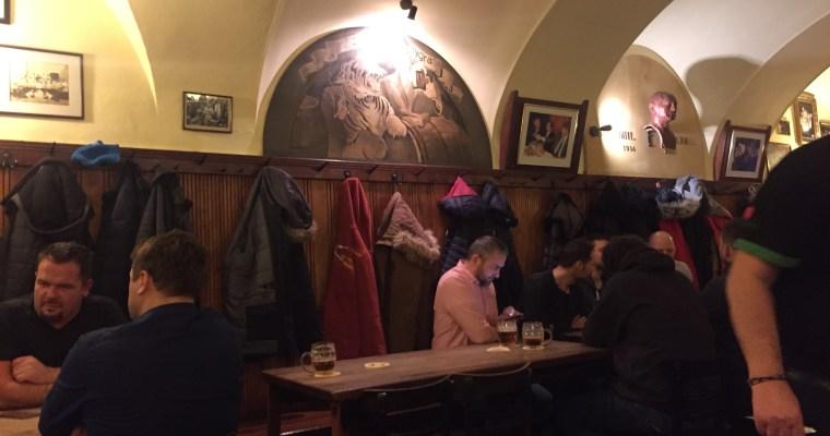 [布拉格] 私房景點: 當地人最愛的酒吧