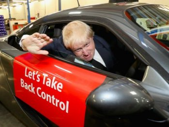 MP Boris Johnson showing his support for Vote Leave