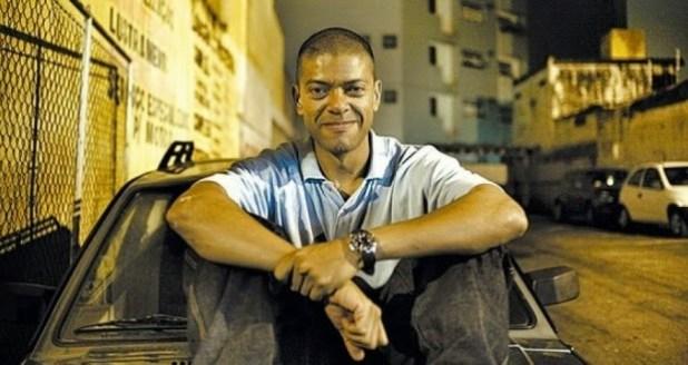 Prefeito de São Paulo contrata DJ KL Jay para dar oficinas na periferia