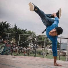 """Brasil: B.Boy do Vale do Aço ministrará workshop de dança no """"Festival Arteiros"""", em Caratinga"""