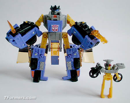 Five of the Worst Transformers Figures That Exist
