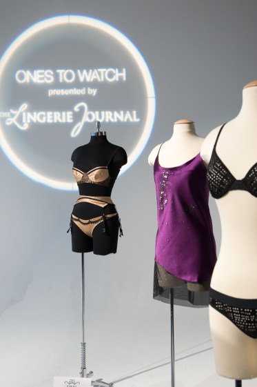 Ones to Watch_Iris London L, Lola Haze center, Negative Underwear R_Alberto Lama Photography