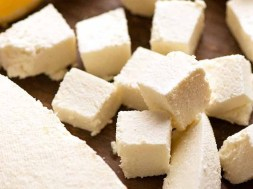 How to make Paneer (fresh Indian cheese)