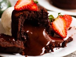 Molten Chocolate Cakes –  with real chocolate centres!