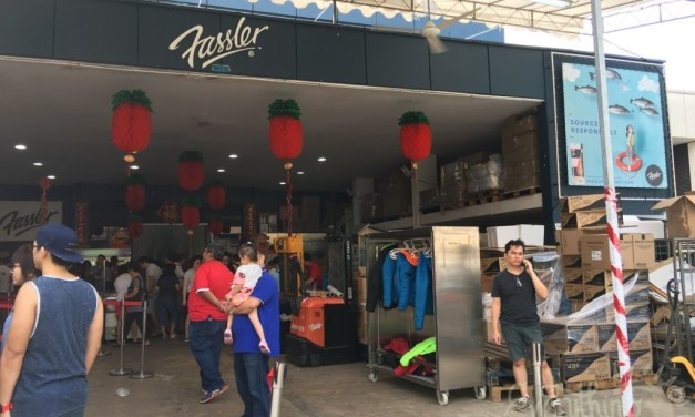 Chinese New Year Shopping at Woodlands Terrace