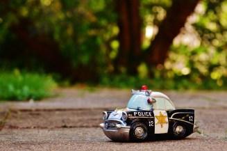 police-970012_1920