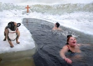 swimming in winter to prevent cold