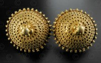Indian gold earrings E215. Kutch area, Gujarat state ...