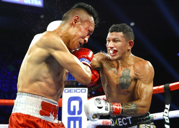 Miguel Berchelt Lands a Right Hand Photo Mikey Williams/TopRank