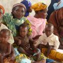 a group of Niger mothers