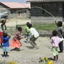 kenyan children playing jumprope